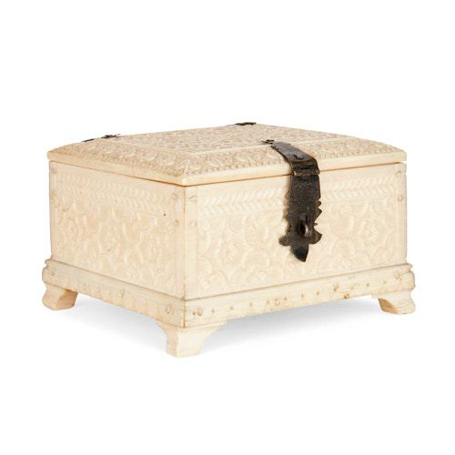 Indian Mughal period miniature ivory casket