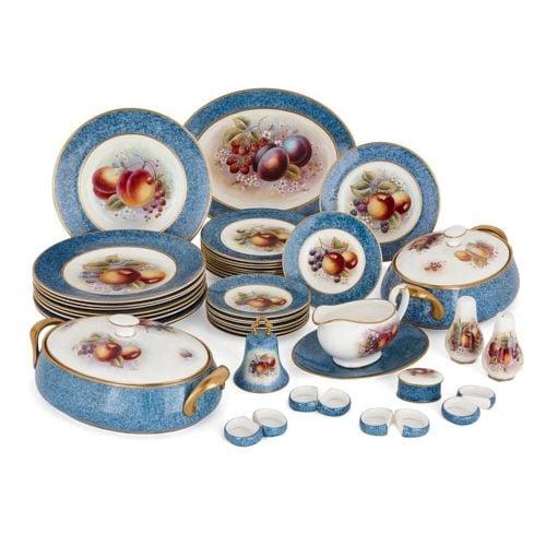Dursley porcelain dinner service painted by James Skerrett