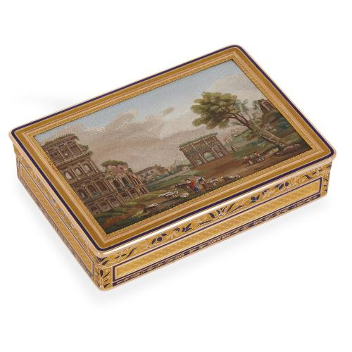 Antique enameled 18 carat gold snuff box with micromosaic panel