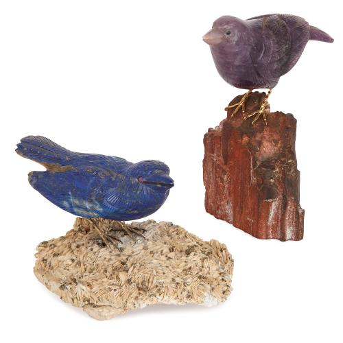 Pair of bird sculptures in lapis lazuli and amethyst