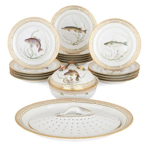 Flora Danica porcelain dinner set by Royal Copenhagen