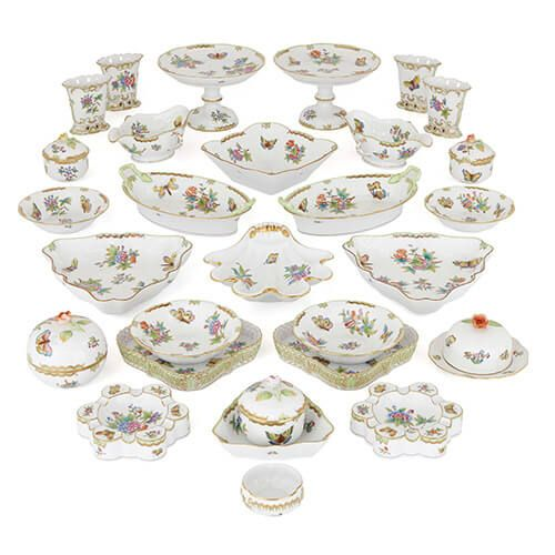 Hungarian 'Victoria' dinner service by Herend porcelain