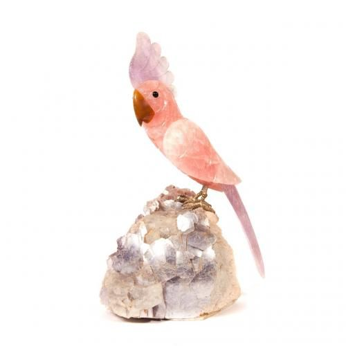 A rosequartz and amethyst model of a cockatoo