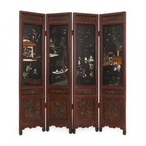 Lacquered wooden Chinese folding screen with four panels