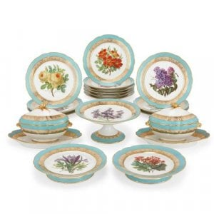 Seventeen piece Paris porcelain dessert service by Honoré