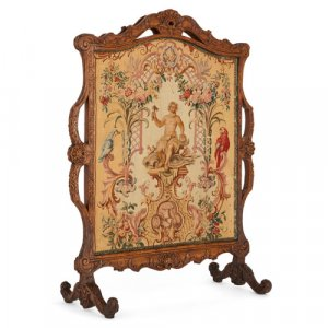 Régence period carved wood and Beauvais tapestry fire screen