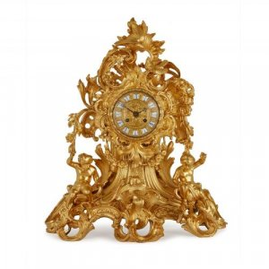 Large French Louis XV style antique ormolu mantel clock