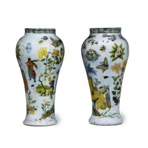 Pair of antique Chinoiserie 'verre soufflé' glass vases