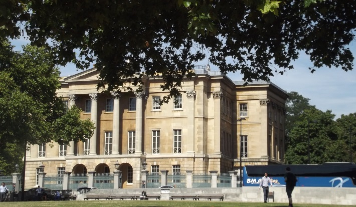Apsley House from the outside