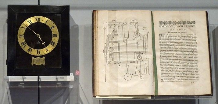christian huygen horologii oscillatorii pendulum clock