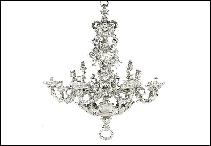 Givenchy Royal Hanover chandelier