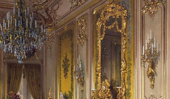 Blog Antique Mirrors A History In 8 Objects - Unique-wall-mirrors-from-opulent-items