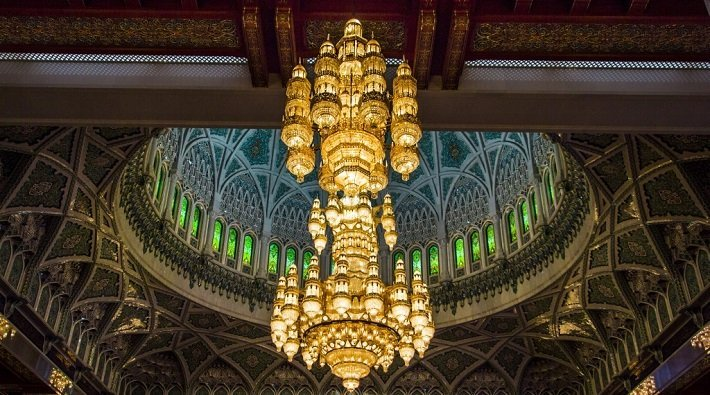 The world's largest chandelier at the Sultan Qaboos grand mosque in Muscat, Oman