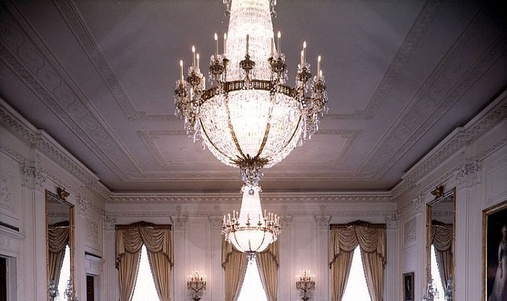 East room chandelier in the White House