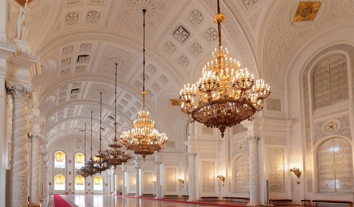The 10 best antique chandeliers